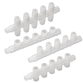 """<p class=""""ql-align-justify"""">Der neue <a href=""""https://www.em-technik.de/produkte?category=24&function=7&series=210"""" target=""""_blank"""">Kompaktverteiler 8C</a> besticht vor allem durch seine kleine Baugröße. Bei der einseitigen Ausführung kann er 2-5 Abgänge, bei der doppelseitigen 2, 6, 8, oder 10 Abgänge besitzen. Diese werden nach Wunsch entweder mit integrierten Schlauchanschlüssen der Serie 1+ in den Größen DN04/06 bzw. DN06/08 versehen, oder mit den Gewinden G1/8"""" oder G1/4"""" ausgeführt. Die seitlichen Endstücke (Ein-/ Ausgang) des Verteilers können verschlossen, mit G3/8"""" oder G1/2"""" Gewinden ausgestattet werden. Alle Gewindeanschlüsse lassen sich als Innen- oder Außengewinde (""""male""""/ """"female"""") ausführen. Der neue 8C ist in den Materialien PP und PVDF erhältlich. Eine PFA-Variante wird demnächst folgen.</p>"""
